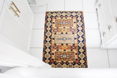 Tapete persa en el baño