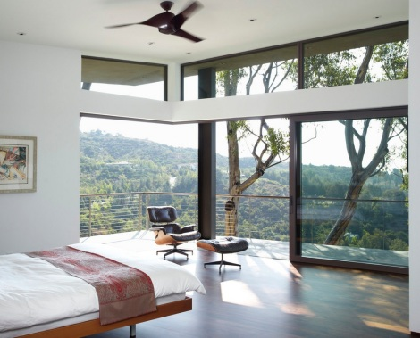 natural-light-bedroom-windows